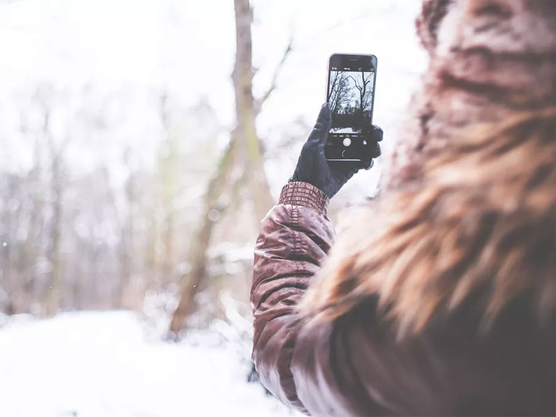 Using Your Mobile Device in Cold Weather